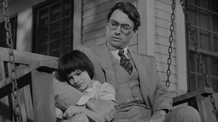 Glasses of view of Atticus Finch (Gregory Peck) in The silence and shadows - Movie Outfits and Products