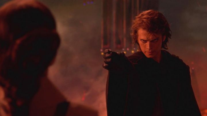 Gloves Anakin Skywalker (Hayden Christensen) in Star Wars III : revenge of The Sith - Movie Outfits and Products