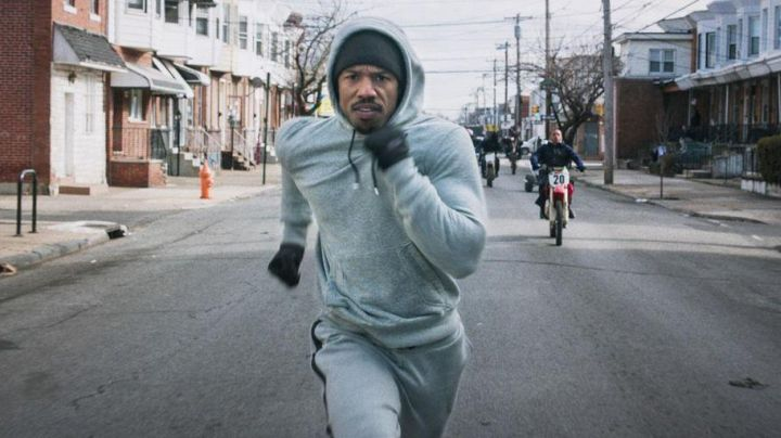 Fashion Trends 2021: Gloves The North Face of Adonis Johnson Creed (Michael B. Jordan) in Creed