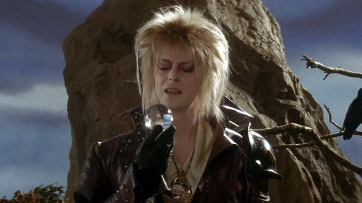 Goblin King Jareth Pendant Necklace worn by David Bowie in Labyrinth - Movie Outfits and Products