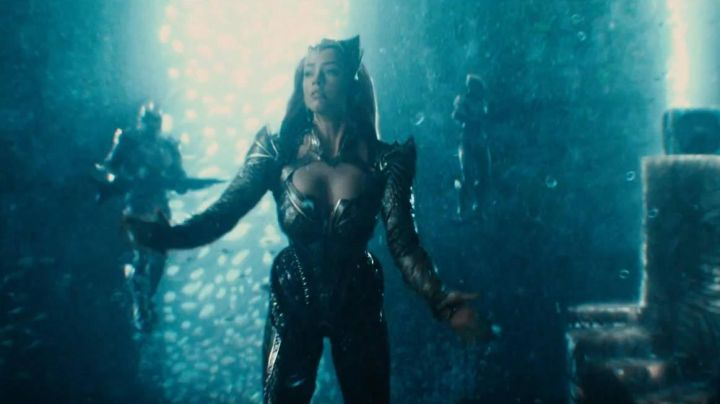 Fashion Trends 2021: Golden Diadem worn by Mera (Amber Heard) as seen in Justice League