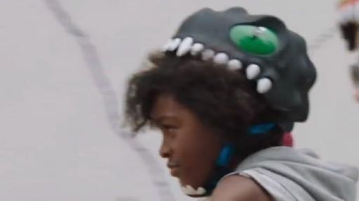 Helmet for child in form of black dragon seen in the movie Le petit Spirou Movie