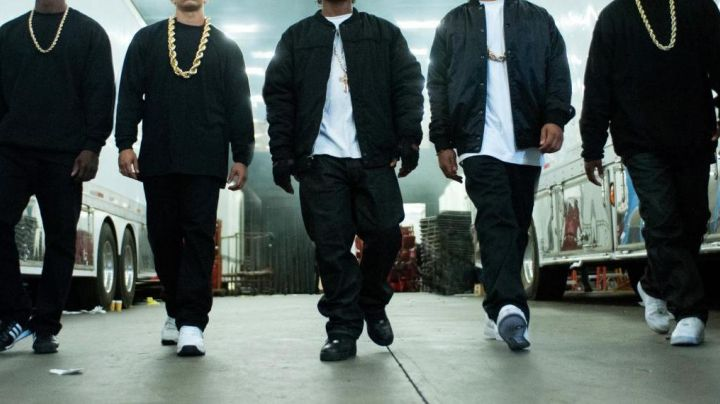 ICE CUBE Air Force One White /N. W. A straight outta compton - Movie Outfits and Products