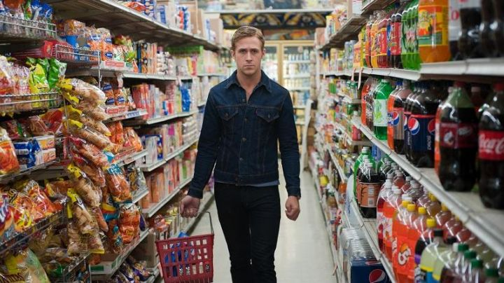Fashion Trends 2021: Jean jacket Levi's the driver (Ryan Gosling) in Drive