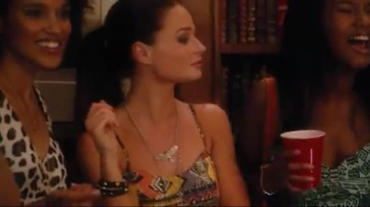 Jenny's (Emma Rigby) Eagle Necklace in Endless Love - Movie Outfits and Products