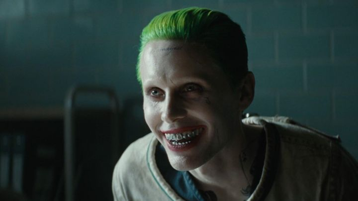 Joker (Jared Leto) silver-tone Grillz seen in Suicide Squad - Movie Outfits and Products