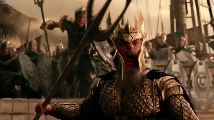 King Atlan's (Julian Lewis Jones) crown in Justice League - Movie Outfits and Products