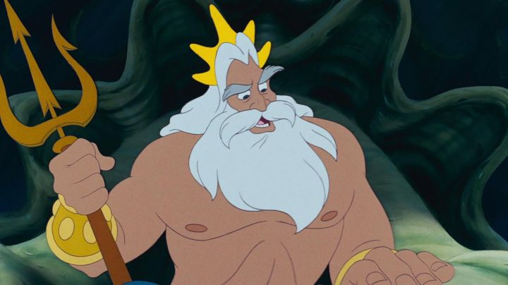 King Triton's crown as seen in The Little Mermaid - Movie Outfits and Products