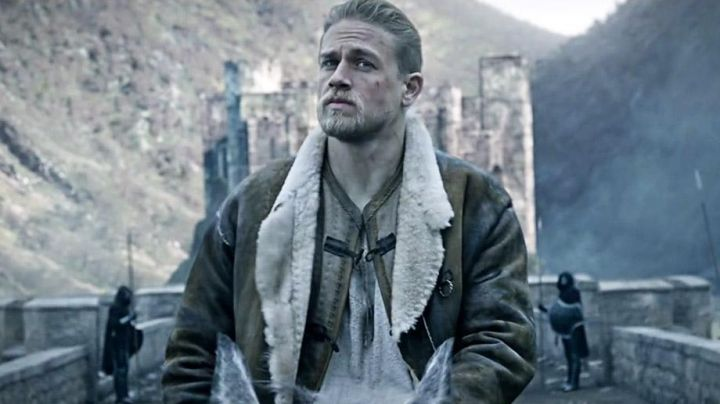 Leather Coat worn by King Arthur (Charlie Hunnam) as seen in King Arthur: Legend Of The Sword Movie