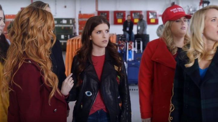 Leather Jacket worn by Beca (Anna Kendrick) as seen in Pitch Perfect 3 - Movie Outfits and Products