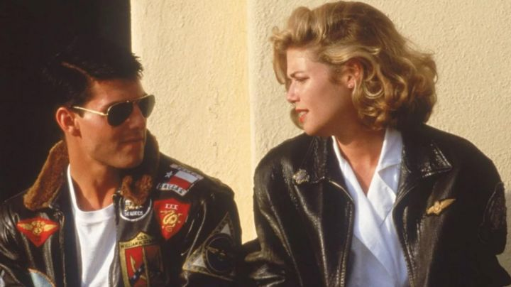 Leather Jacket worn by Charlotte Blackwood / Charlie (Kelly McGillis) as seen in Top Gun - Movie Outfits and Products