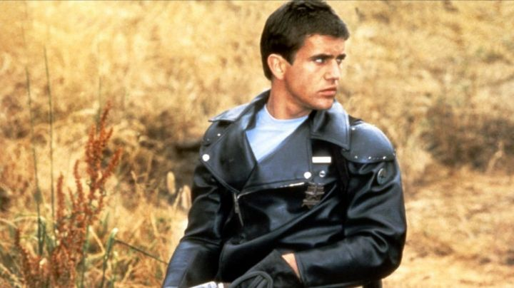 Leather Jacket worn by Max Rockatansky (Mel Gibson) as seen in Mad Max - Movie Outfits and Products