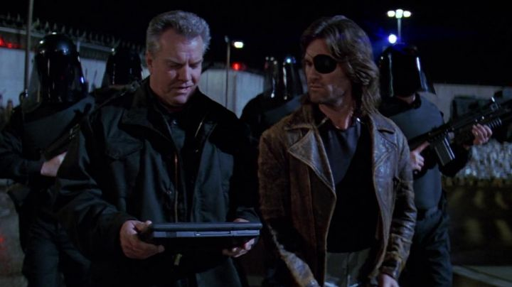 Leather Jacket worn by Snake (Kurt Russell) as seen in Escape From LA - Movie Outfits and Products
