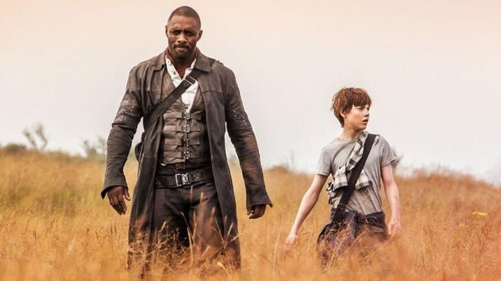 Fashion Trends 2021: Leather Trench Coat worn by Roland Deschain (Idris Elba) as seen in The Dark Tower
