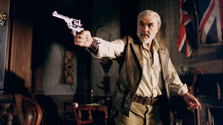 Leather Vest worn by Alan Quatermain (Sean Connery) as seen in The League of Extraordinary Gentlemen - Movie Outfits and Products
