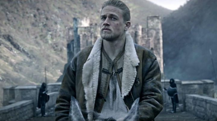 Leather coat worn by Arthur (Charlie Hunnam) as seen in King Arthur: Legend of the Sword Movie