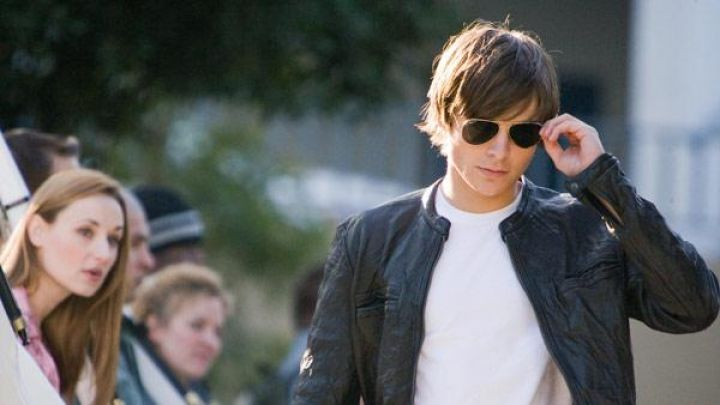 Leather jacket worn by Mike O'Donnell (Zac Efron) as seen in 17 Again Movie