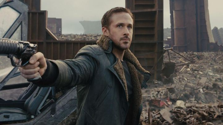 Long Leather Coat with Sherpa collar worn by Officer K (Ryan Gosling) as seen in Blade Runner 2049