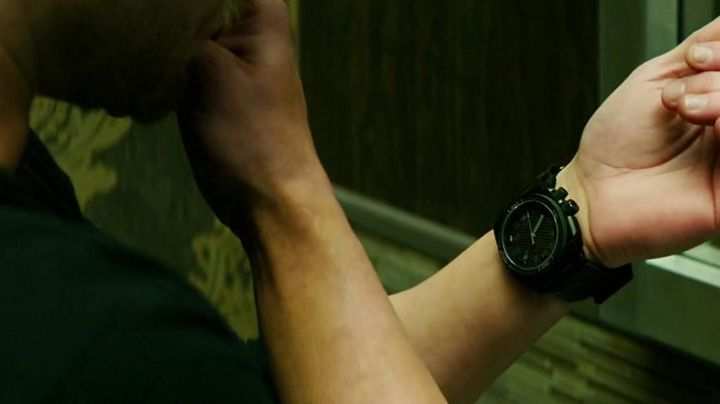 MTM Special Ops watch worn by Harry Turner (Kellan Lutz) in movie Extraction - Movie Outfits and Products