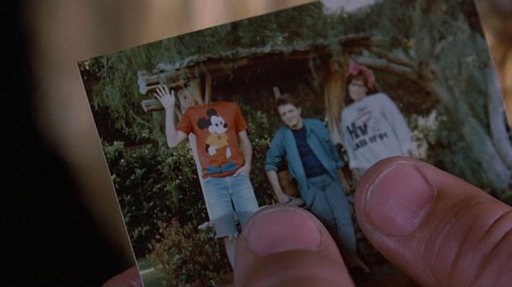 Fashion Trends 2021: McFly Family photo set as seen on Back to The Future
