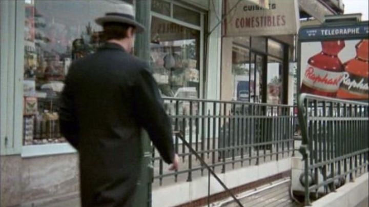 Metro Station Telegraph in The samurai (Alain Delon) - Movie Outfits and Products