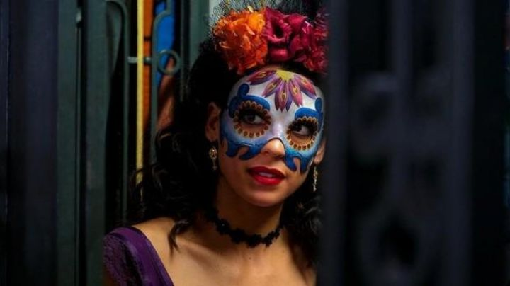 Mexican Mask worn by Stephanie Sigman in Spectre - Movie Outfits and Products