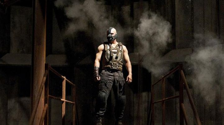 Military Vest worn by Bane (Tom Hardy) as seen in The Dark Knight Rises - Movie Outfits and Products