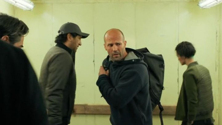 Navy blue & gray sweater hoodie worn by Jonas Taylor (Jason Statham) as seen in The Meg movie