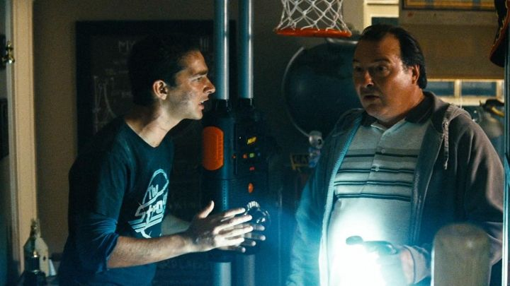Nerf Showtime Hoops used by Sam Witwicky (Shia LaBeouf) in Transformers Movie