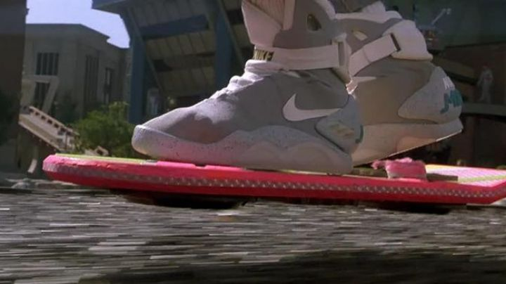 Nike Air Mag Sneakers worn by Marty McFly (Michael J. Fox) in Back to The Future Part II - Movie Outfits and Products