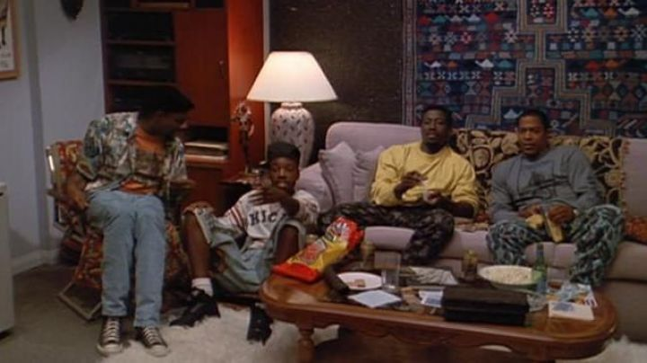 Nike Air Solo Flight '90 shoes in black as seen in White Men Can't Jump - Movie Outfits and Products
