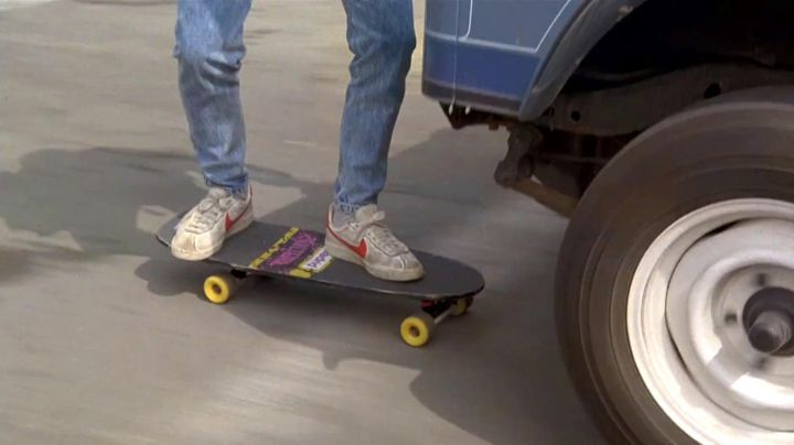 Nike Bruin Low Red Swoosh sneakers worn by Marty McFly (Michael J. Fox) as seen in Back to the future - Movie Outfits and Products