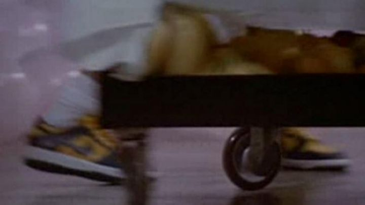 Fashion Trends 2021: Nike Dunk in The witches of eastwick