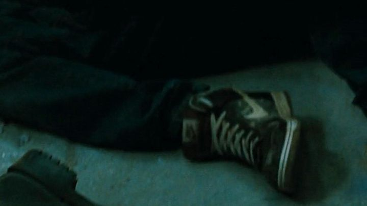 Fashion Trends 2021: Nike shoes in Freddy The Claws of the night