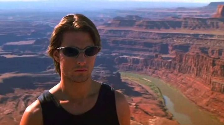 Oakley Romeo Titanium Sunglasses worn by Ethan Hunt (Tom Cruise) in Mission: Impossible II - Movie Outfits and Products