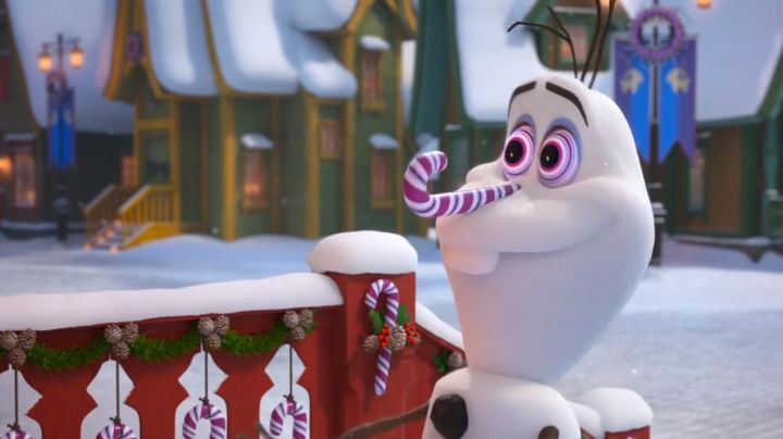 Olaf with the nose of barley sugar in The snow queen Happy holidays with Olaf (cuddly toy) - Movie Outfits and Products