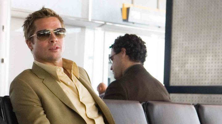 Oliver Peoples Sunglasses worn by Robert Ryan / Rusty (Brad Pitt) as seen in Ocean's Thirteen - Movie Outfits and Products
