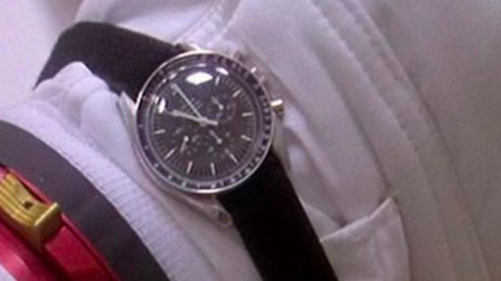 Omega Speedmaster Moonwatch as seen on Apollo 13 - Movie Outfits and Products