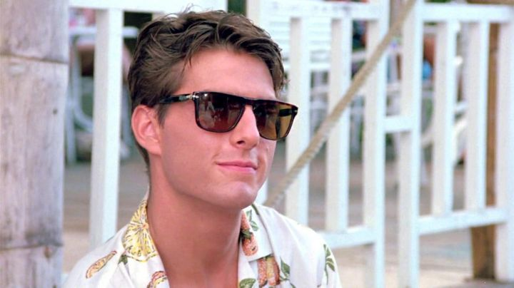 Persol Ratti sunglasses worn by Brian Flanagan (Tom Cruise) as seen in Cocktail - Movie Outfits and Products