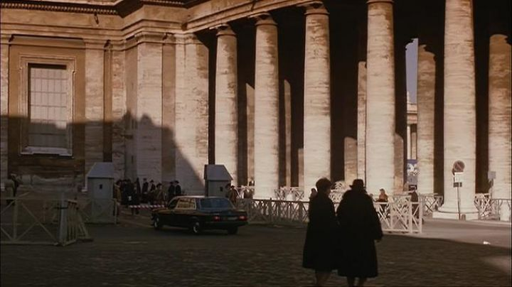 Piazza del Sant'uffizio in Rome, The Godfather part 3 - Movie Outfits and Products