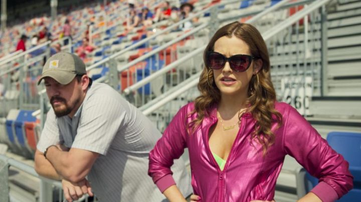 Fashion Trends 2021: Pink Leather Jacket worn by Mellie Logan (Riley Keough) as seen in Logan Lucky