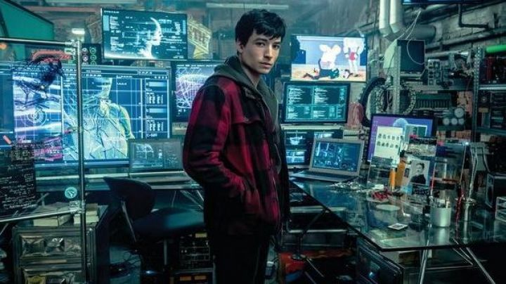 Plaid Jacket worn by Barry Allen (Ezra Miller) as seen in Justice League - Movie Outfits and Products
