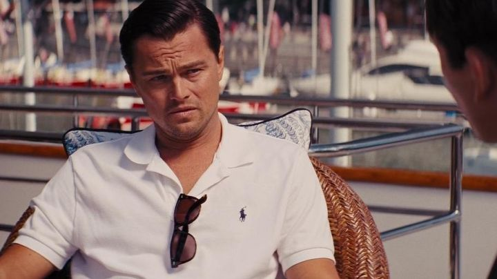 Polo white Ralph Lauren of Jordan Belfort (Leonardo DiCaprio) in The wolf of Wall Street - Movie Outfits and Products
