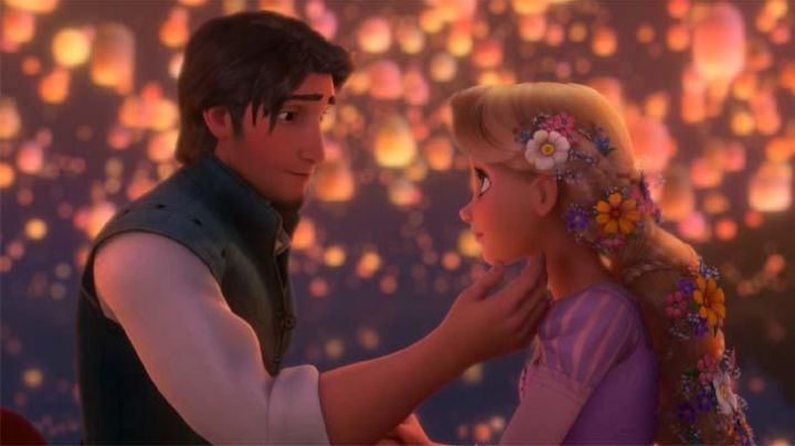 Rapunzel's pink and purple dress in Tangled - Movie Outfits and Products