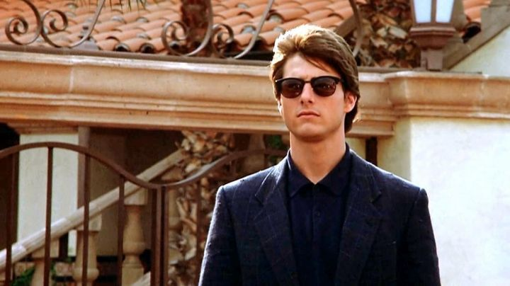 Ray-Ban Clubmaster sunglasses worn by Charlie Babbitt (Tom Cruise) as seen in Rain Man - Movie Outfits and Products