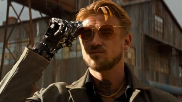Ray-Ban sunglasses worn by Donald Pierce (Boyd Holbrook) as seen in Logan - Movie Outfits and Products