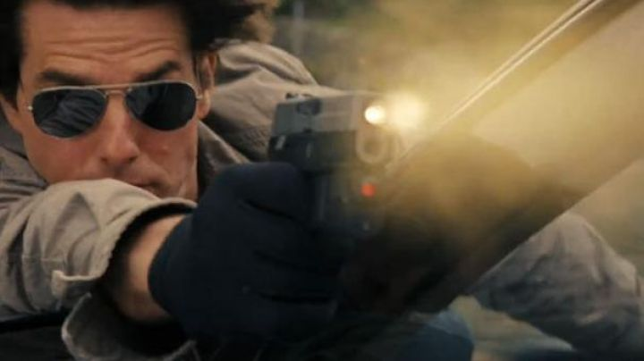 Ray-ban Aviator sunglasses worn by Roy Miller (Tom Cruise) as seen in Knight and Day - Movie Outfits and Products