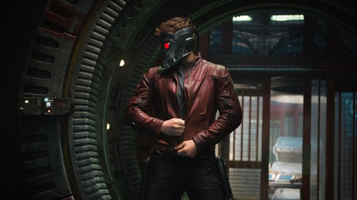 Fashion Trends 2021: Red jacket worn by Star Lord (Chris Pratt) in Guardians of the Galaxy