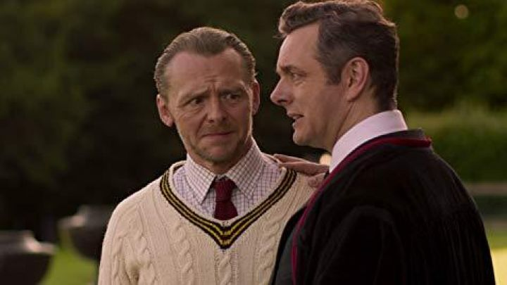 Red tie worn by Meredith Houseman (Simon Pegg) in Slaughterhouse Rulez Movie