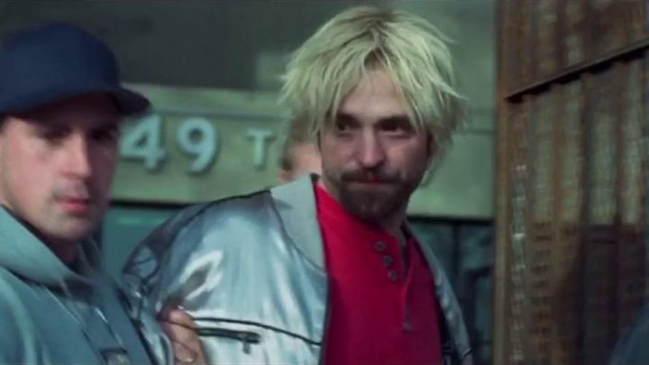 Reflective silver jacket worn by Connie Nikas (Robert Pattinson) as seen in Good Time movie